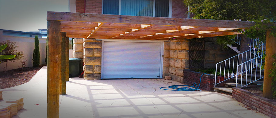 Timber-Framed-pergola
